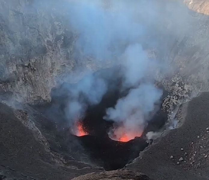 ETNA NORTH EAST CRATER STROMBOLIAN ACTIVITY 20/10/2019